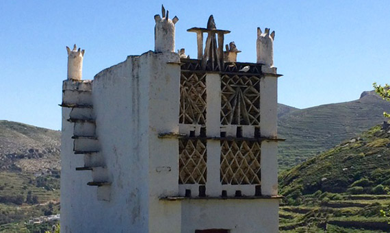 One of the many pigeon houses in Tinos